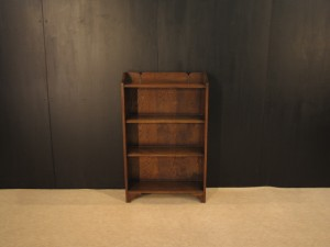alverのアンティーク家具:A-3010