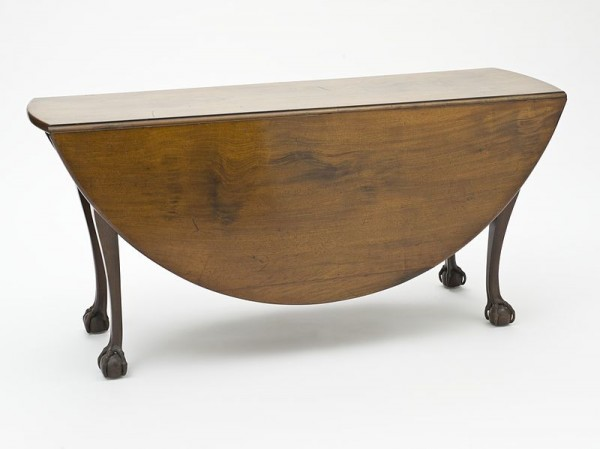img_drop-leaf-table